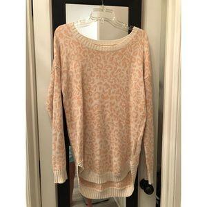Long sleeve Pink leopard sweater!